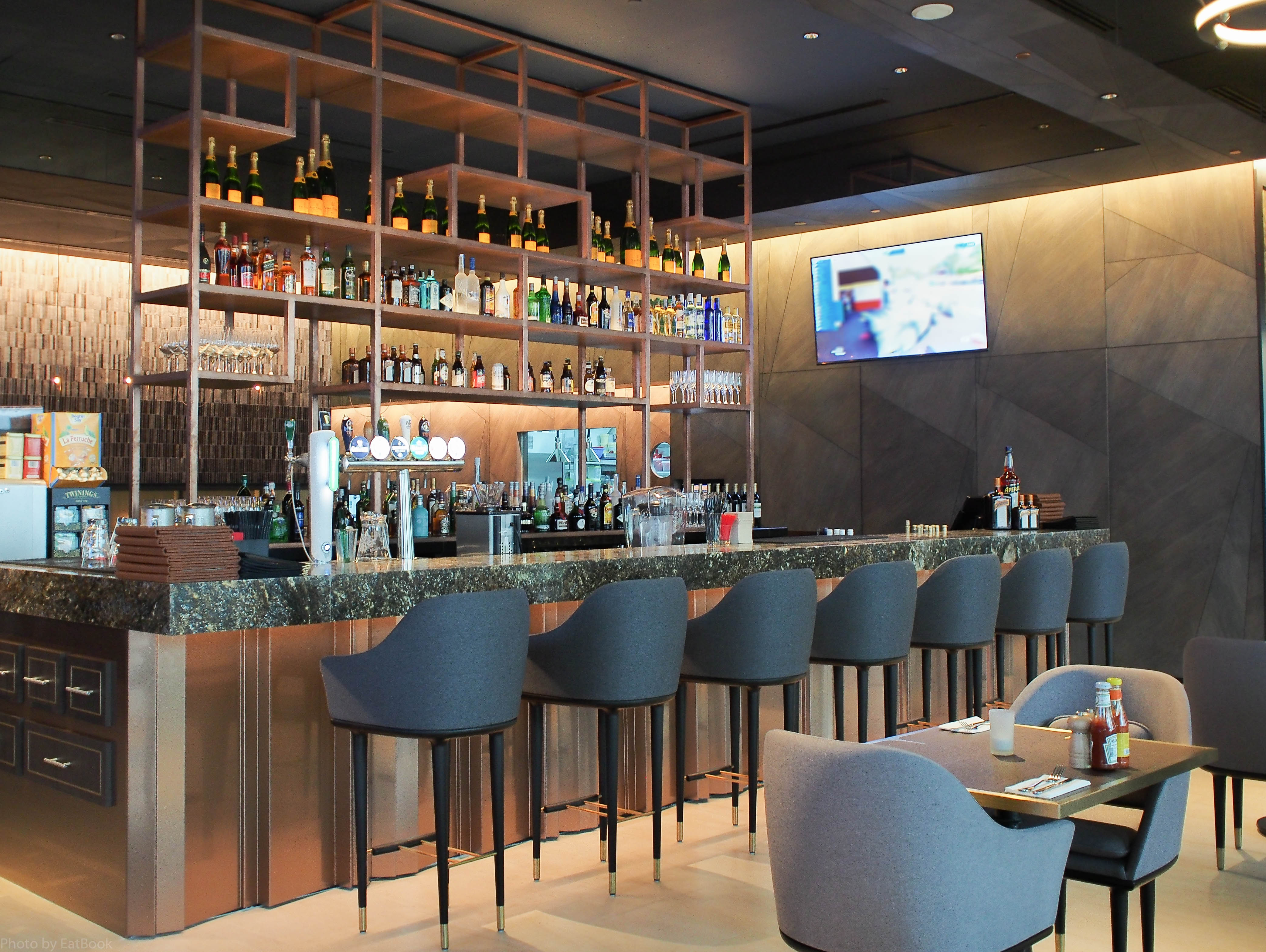 redbank bar grill review all american food finds a new home in redbank interior