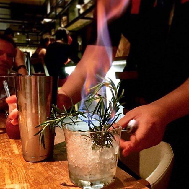 Speakeasy bespoke cocktail bar singapore (5)
