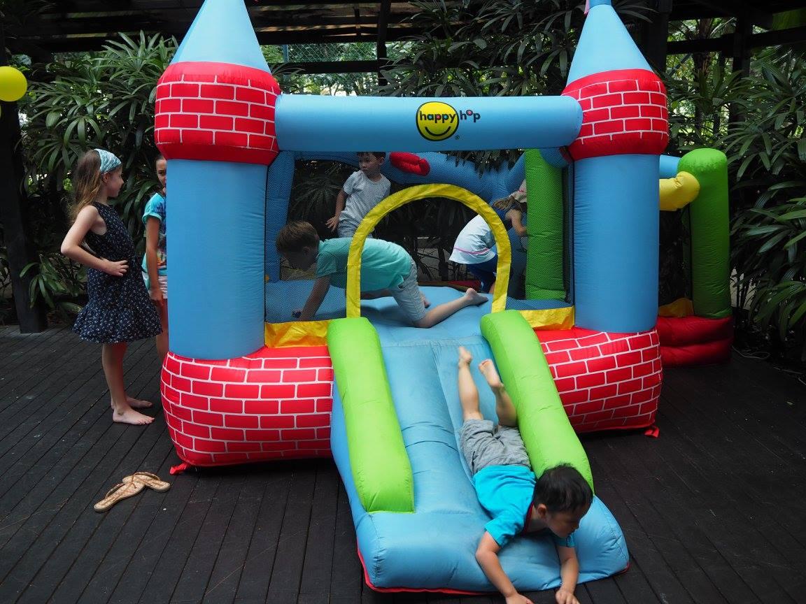 child-entertainment-facilities-restaurants-8