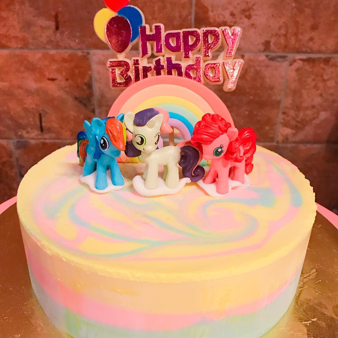 crazy-cake-combinations-14