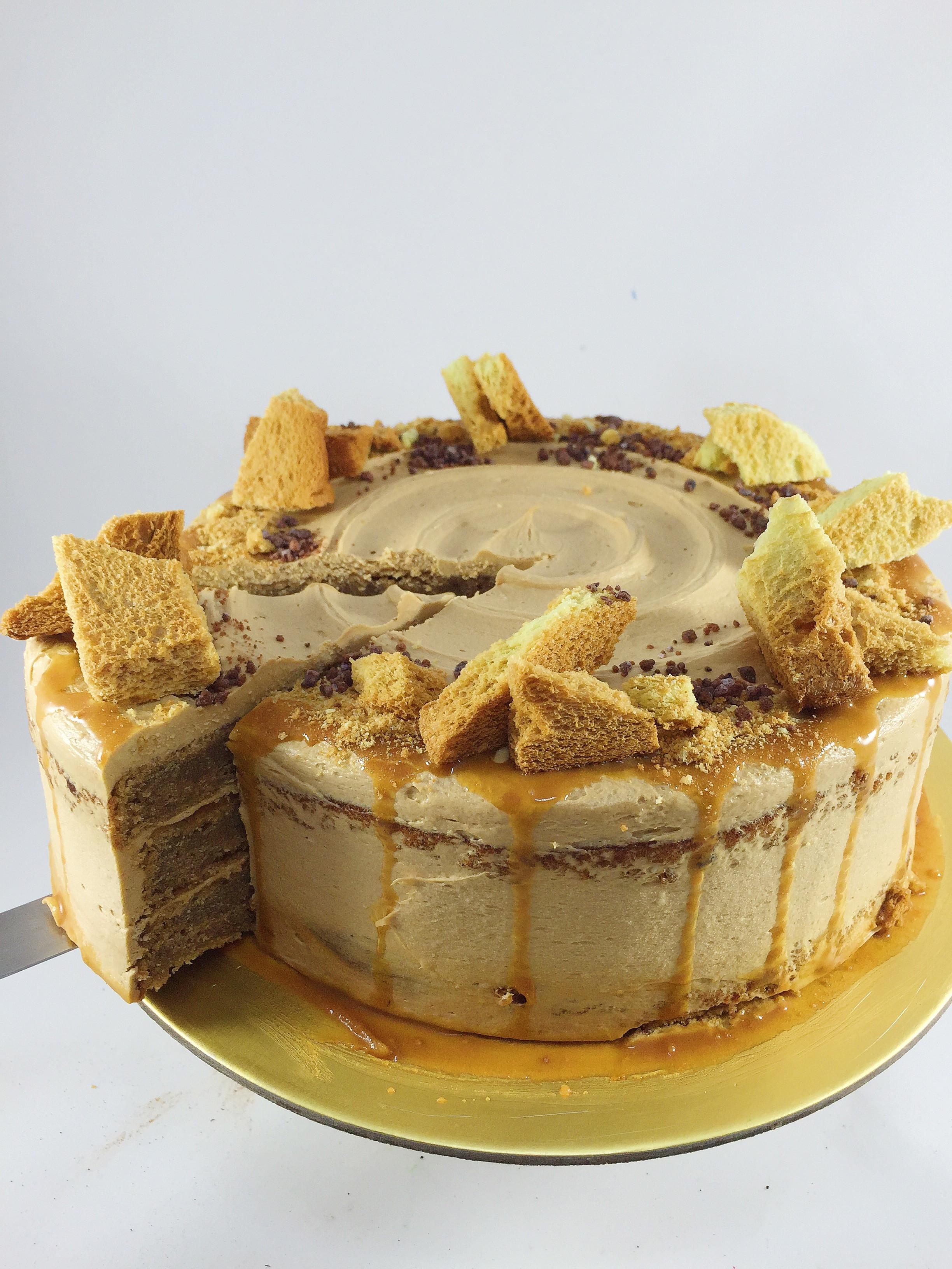 crazy-cake-combinations-9