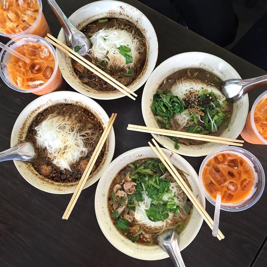 cheap-thai-food-13