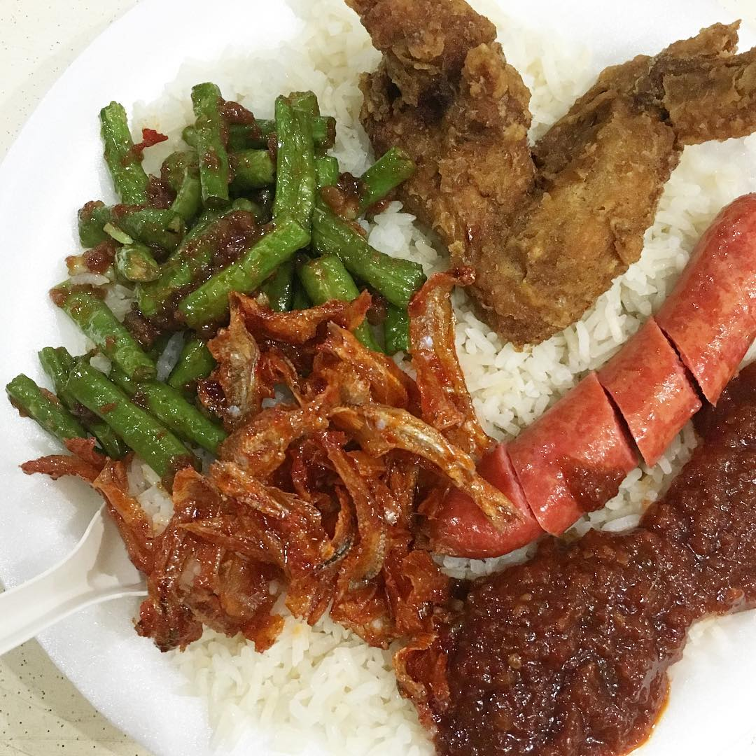 cheap-and-good-nasi-lemak-singapore-5