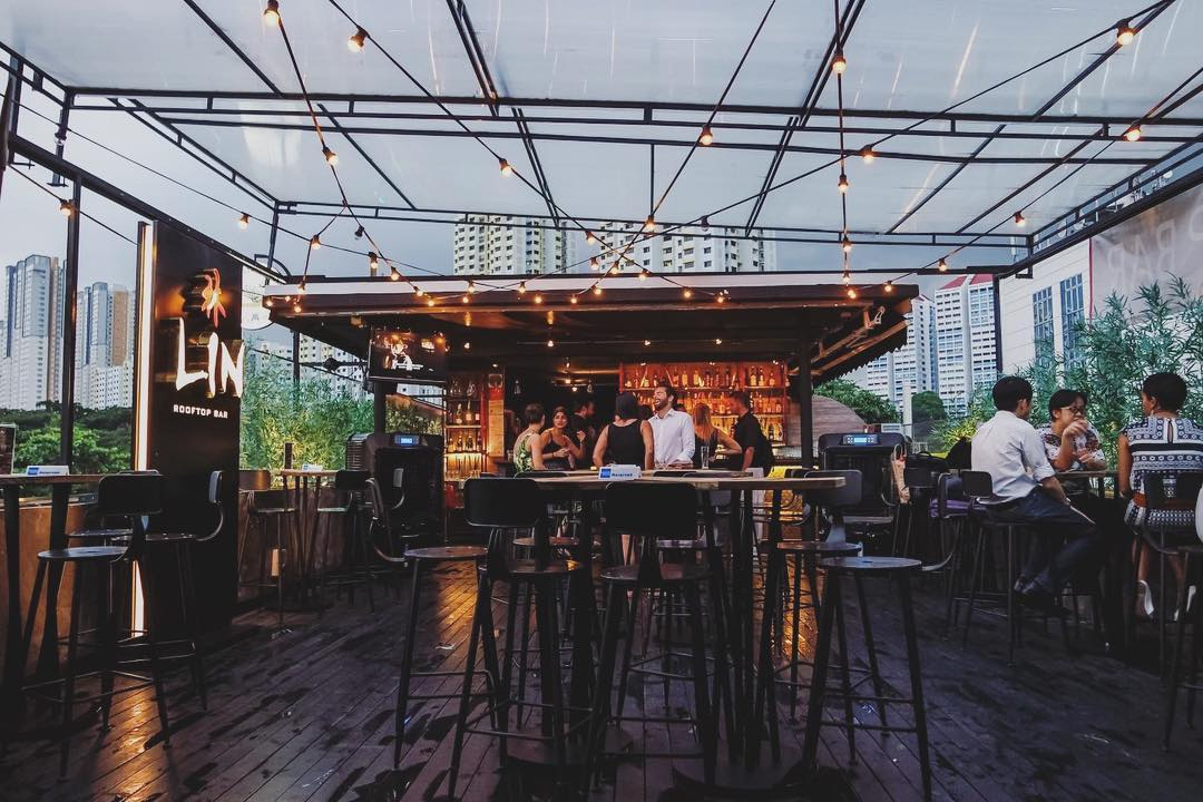 10 Rooftop Bars With Gorgeous Views And Beer Promos in ...