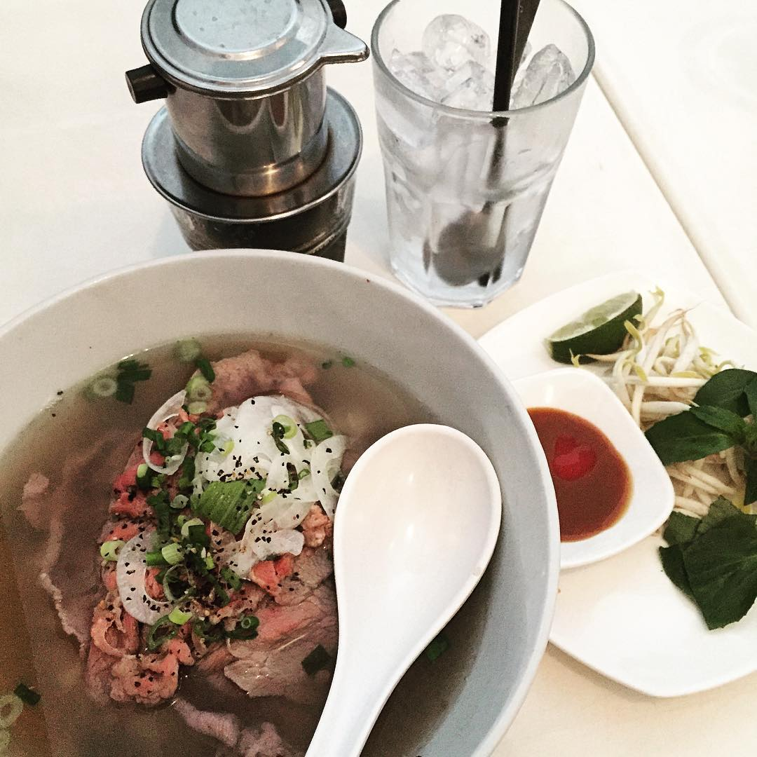 affordable vietnamese food - pho stop