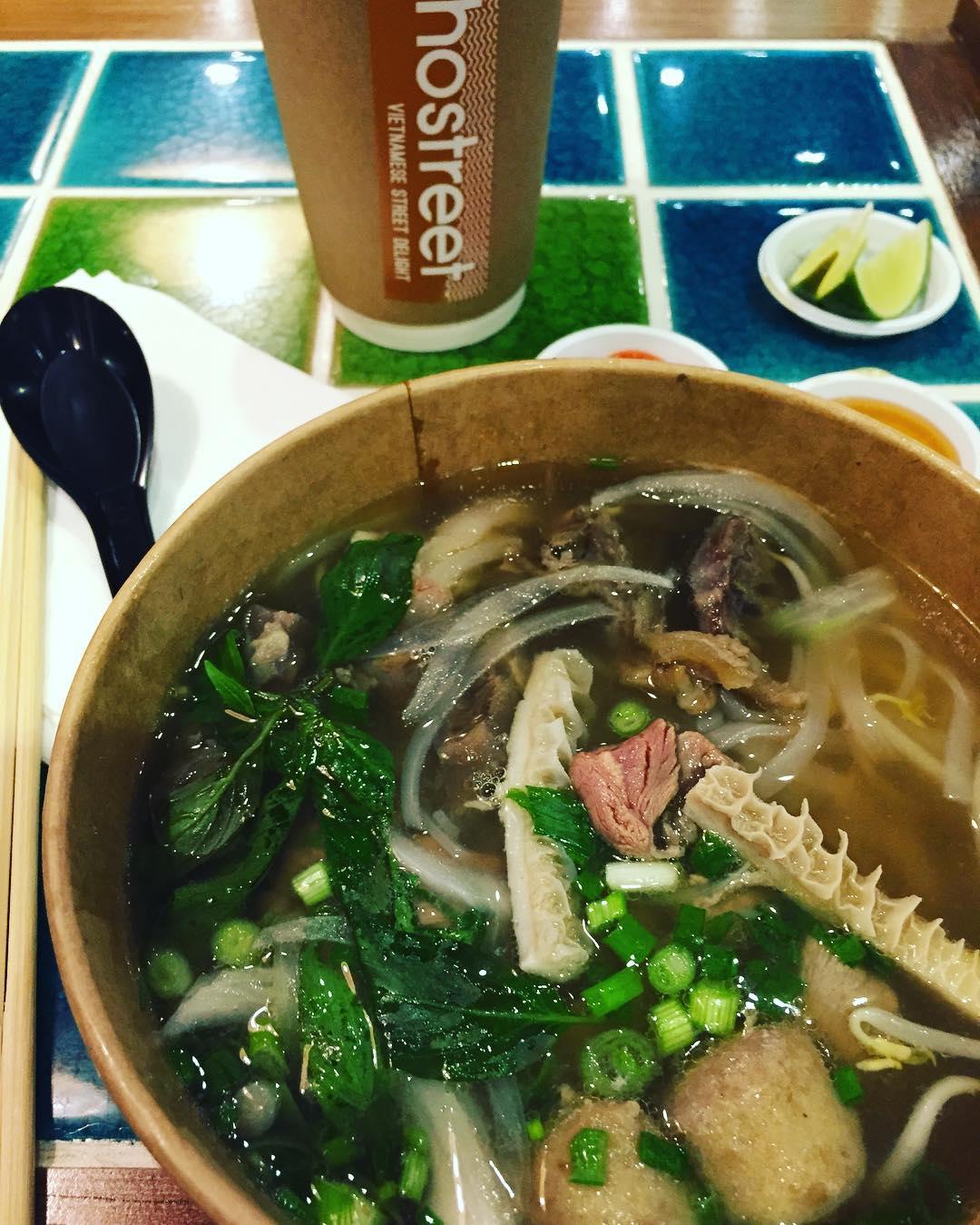 affordable vietnamese food - pho street