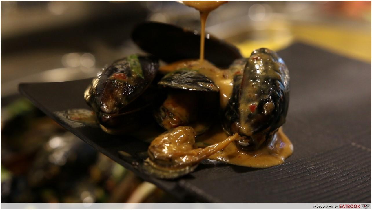 talay kata - mussels