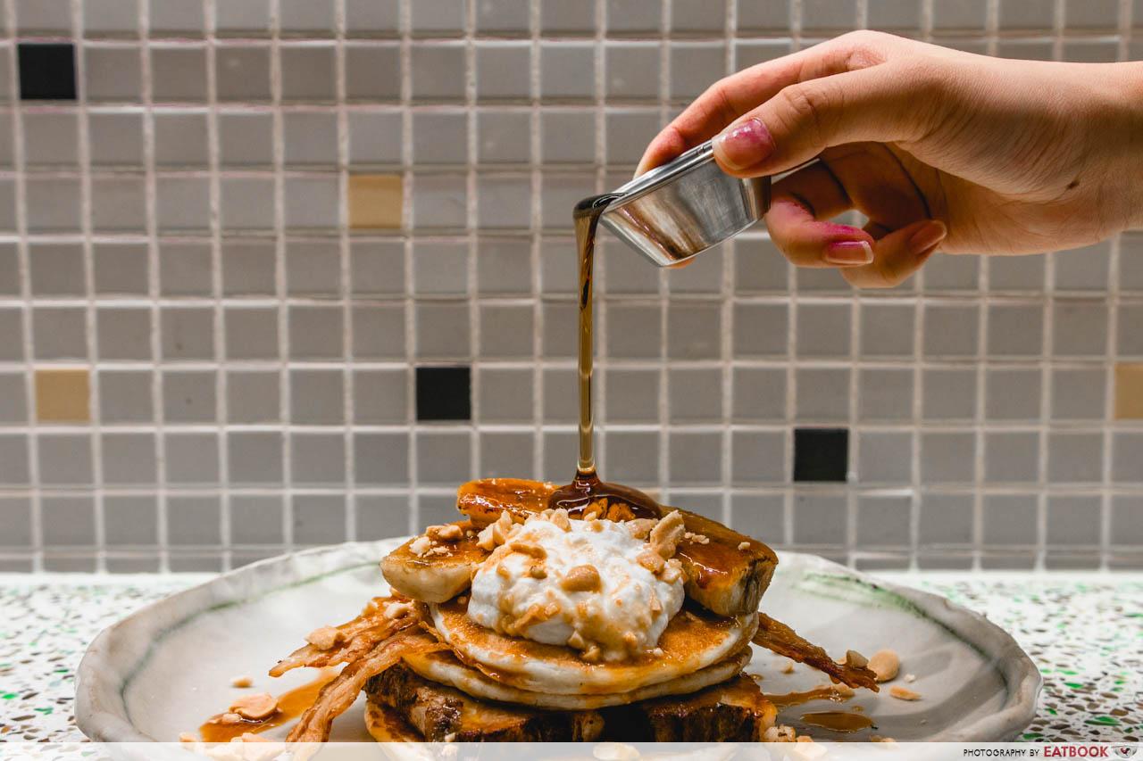 tiong bahru bakery - pork belly pancake burger