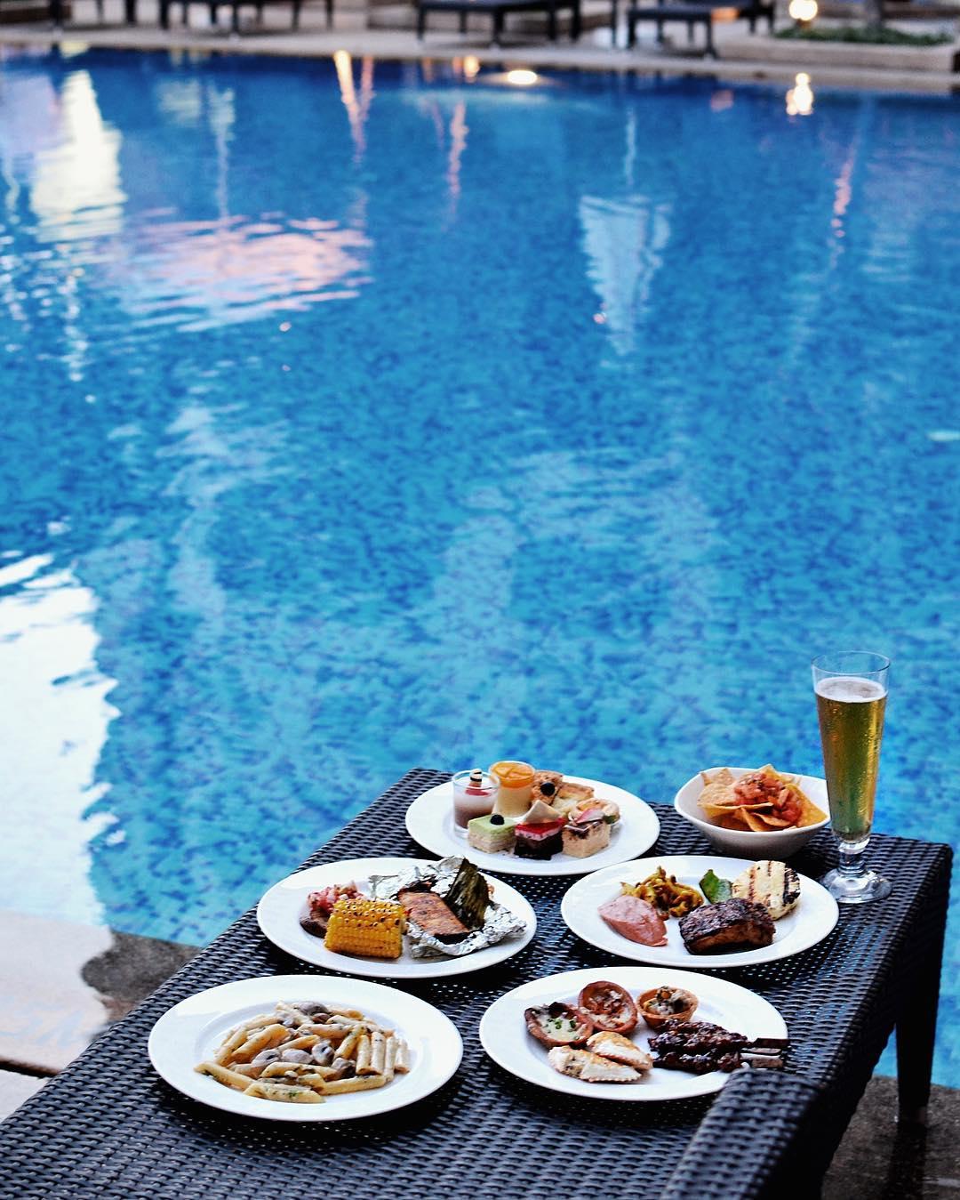 hotel buffets - cocobolo