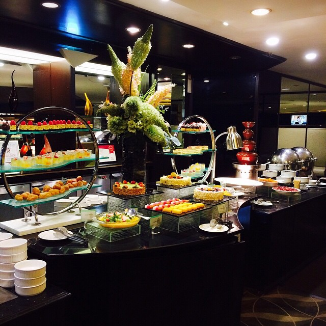hotel buffets - tiffany