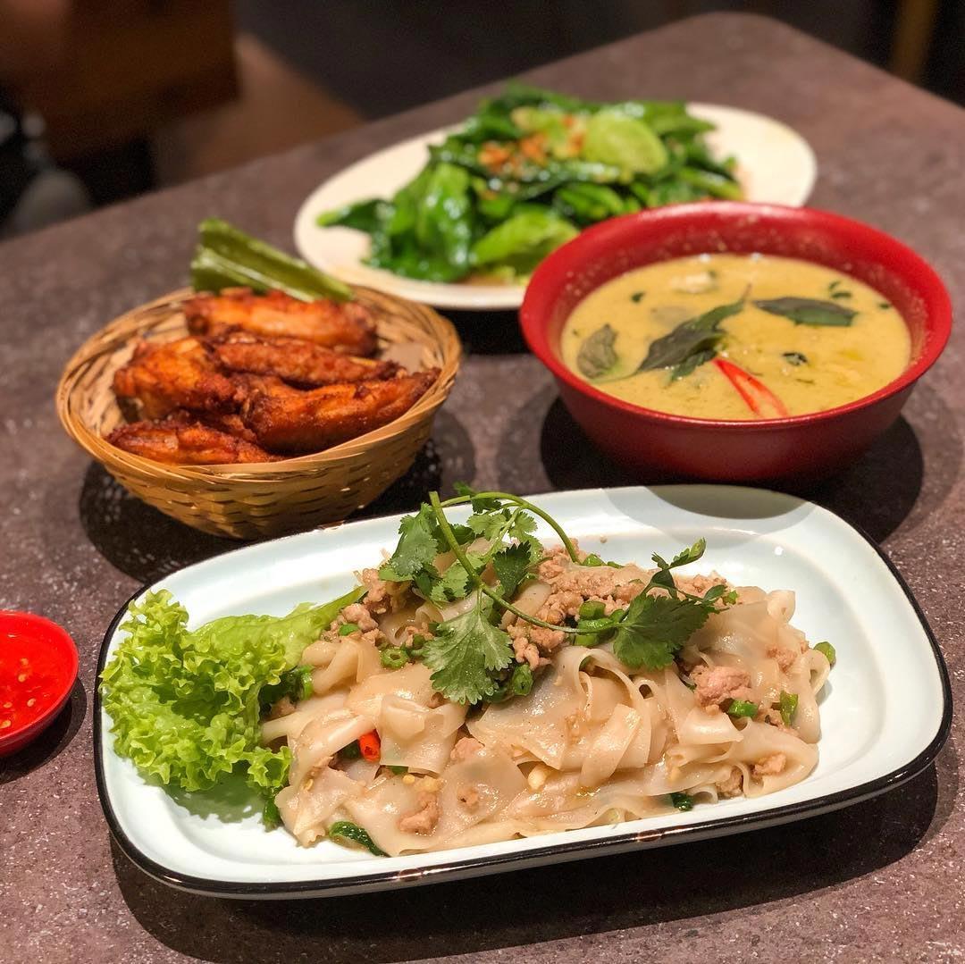 Affordable thai food kra pow