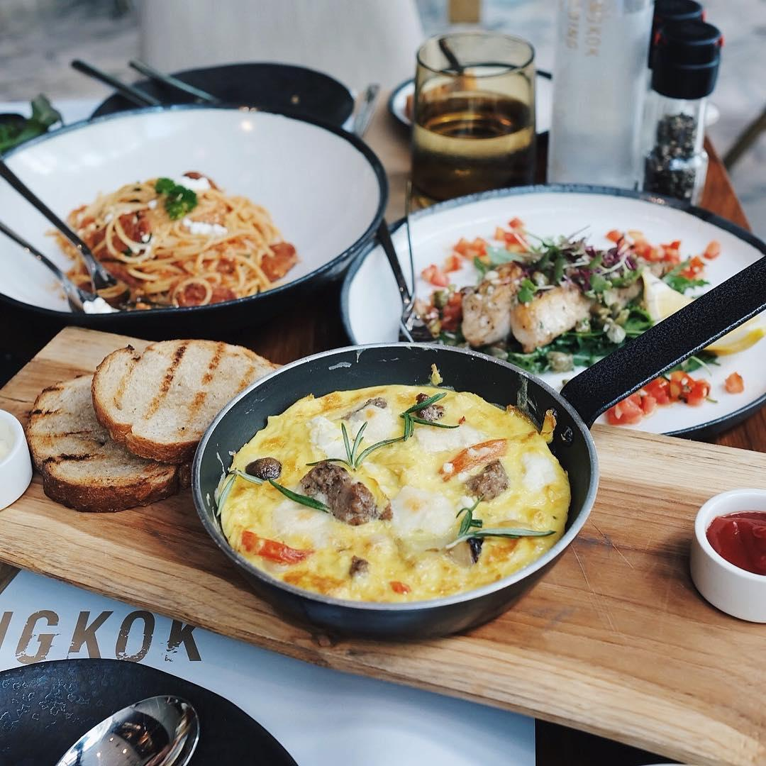 bangkok hipster cafe - bangkok trading post and bistro