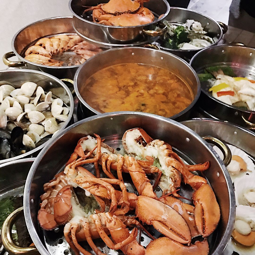 seafood feasts - k tower