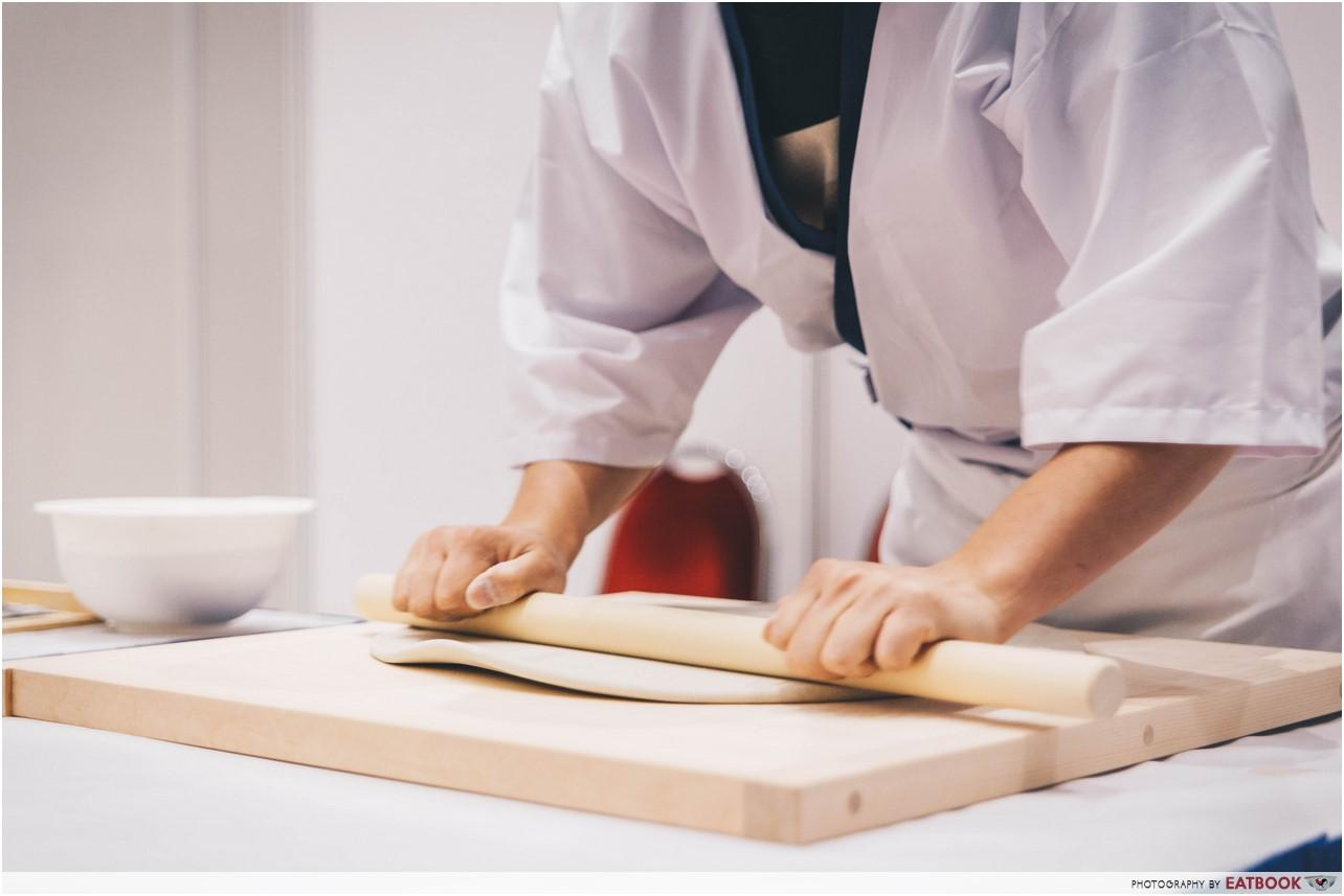 japanese soba - rolling soba