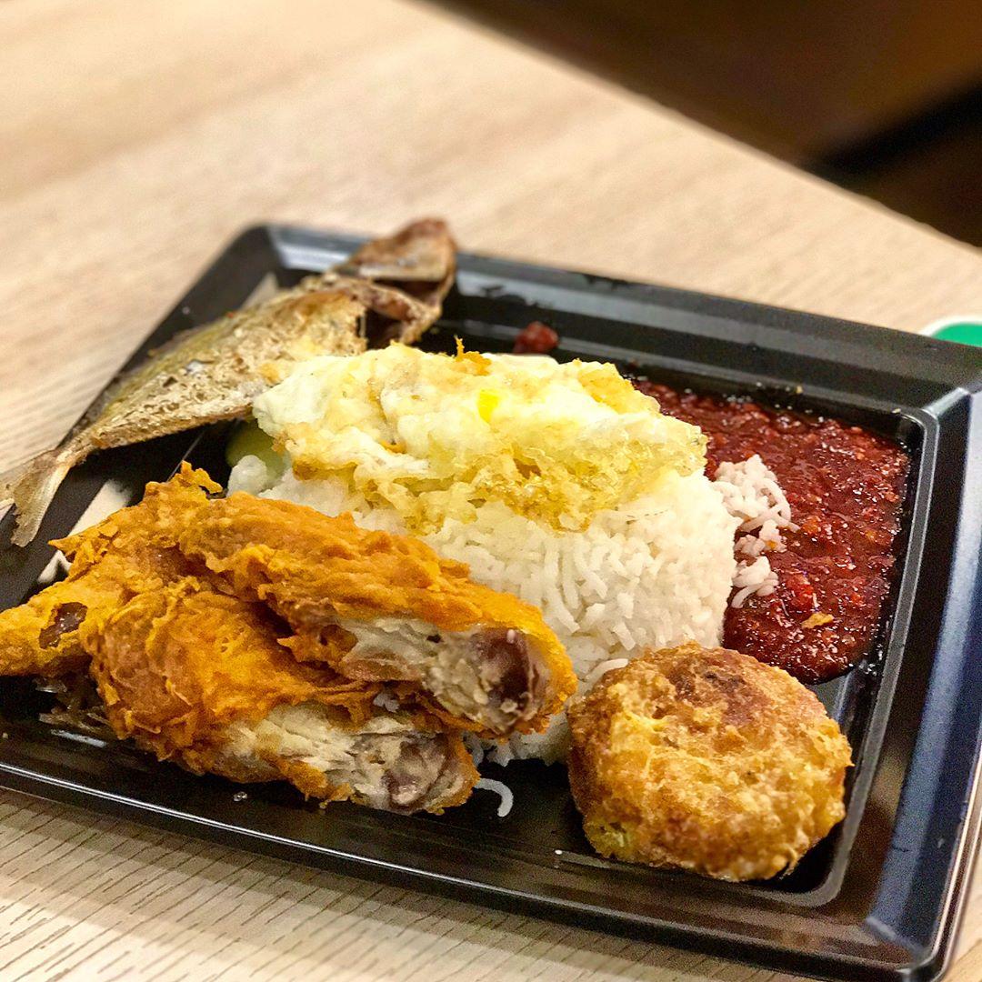 budget halal food - CRAVE