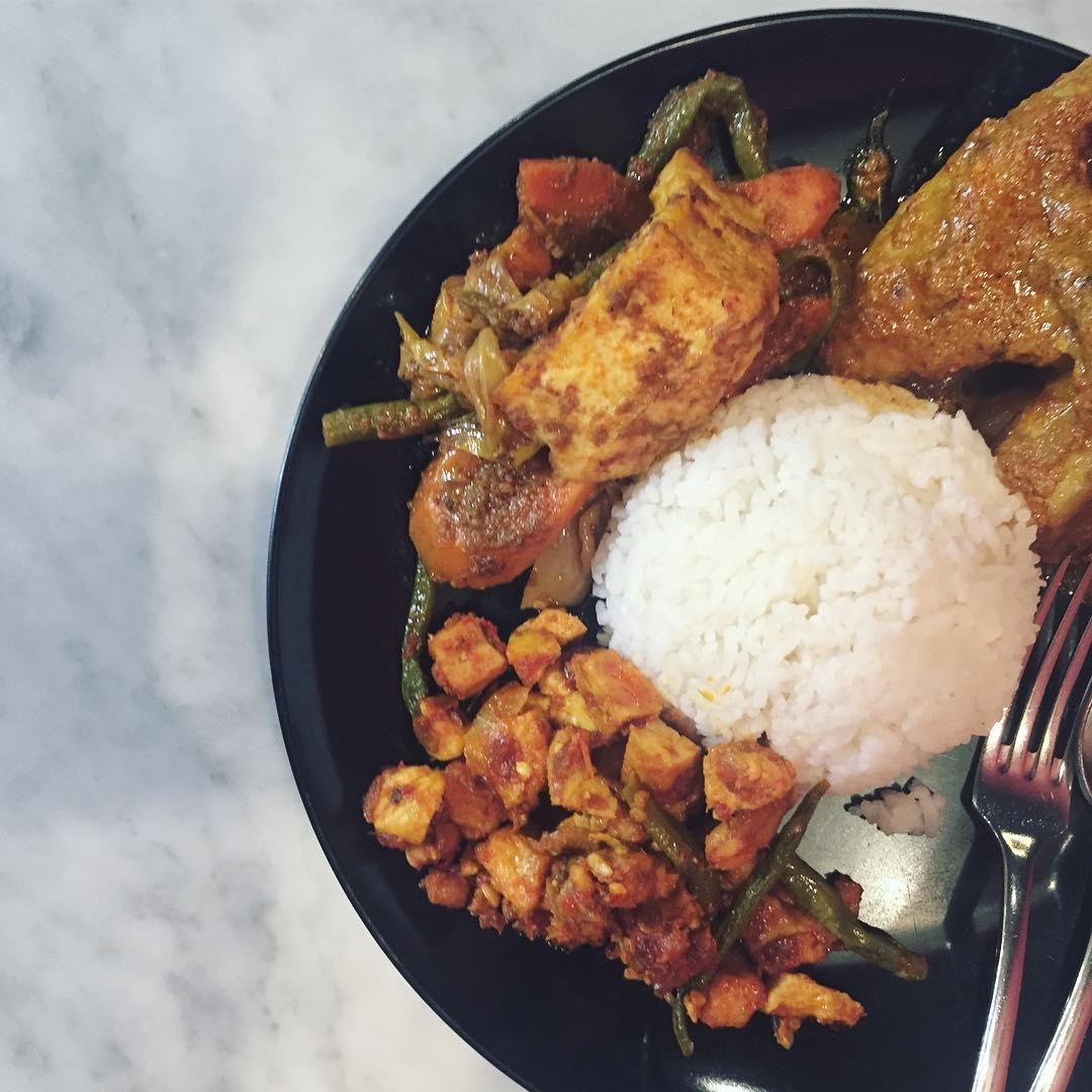 budget halal food - warung m nasir