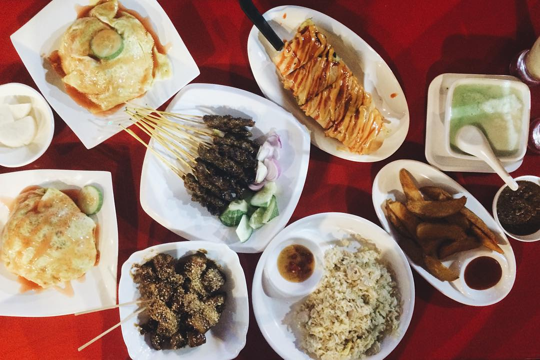10 Late Night Halal Food Places For Those Never Ending Htht Sessions Eatbook Sg New Singapore Restaurant And Street Food Ideas Recommendations