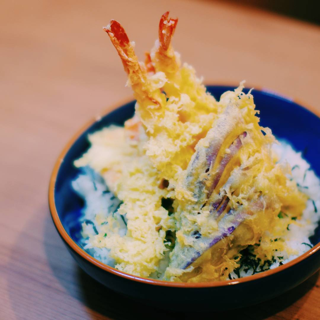 affordable tempura don - manzoku