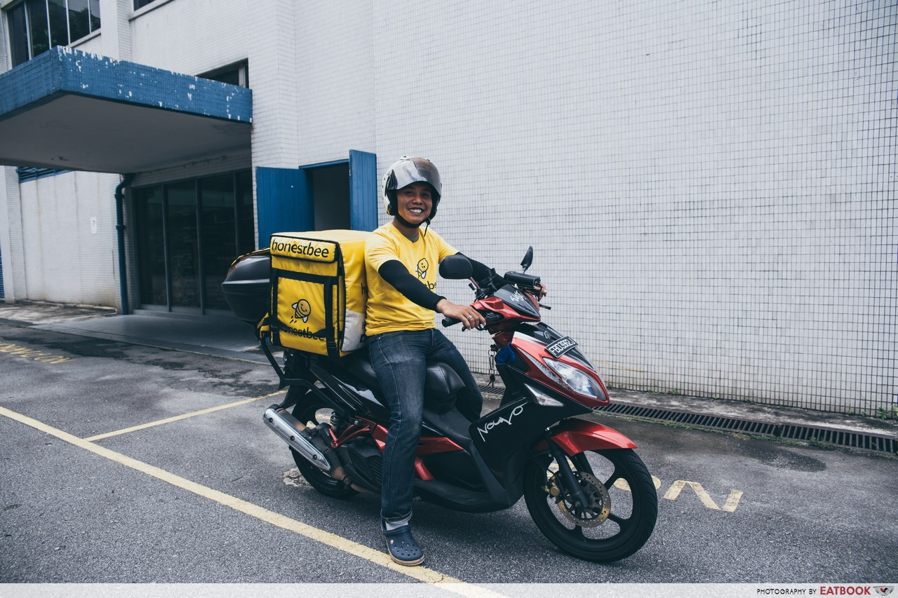 food delivery lobangs - honestbee man