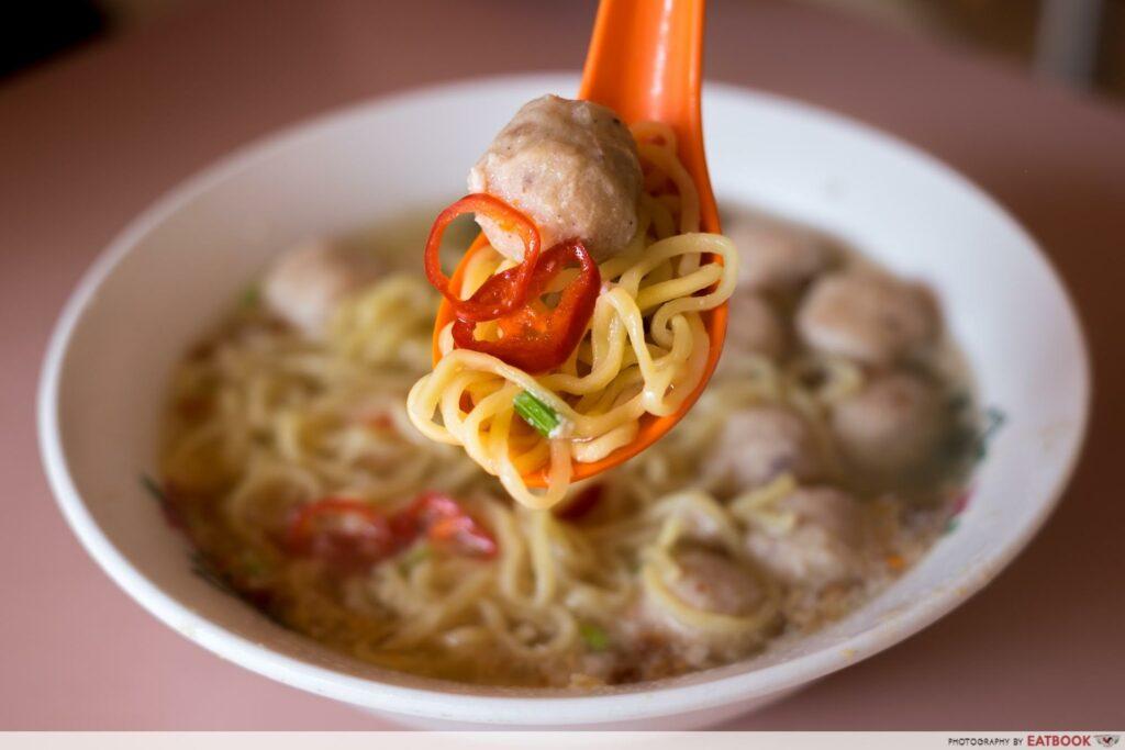 bedok 85 bak chor mee - soup bcm