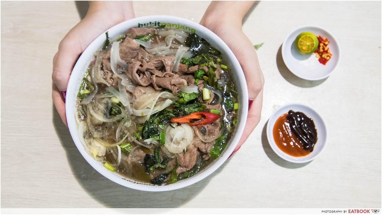 saigon food street - wagyu pho