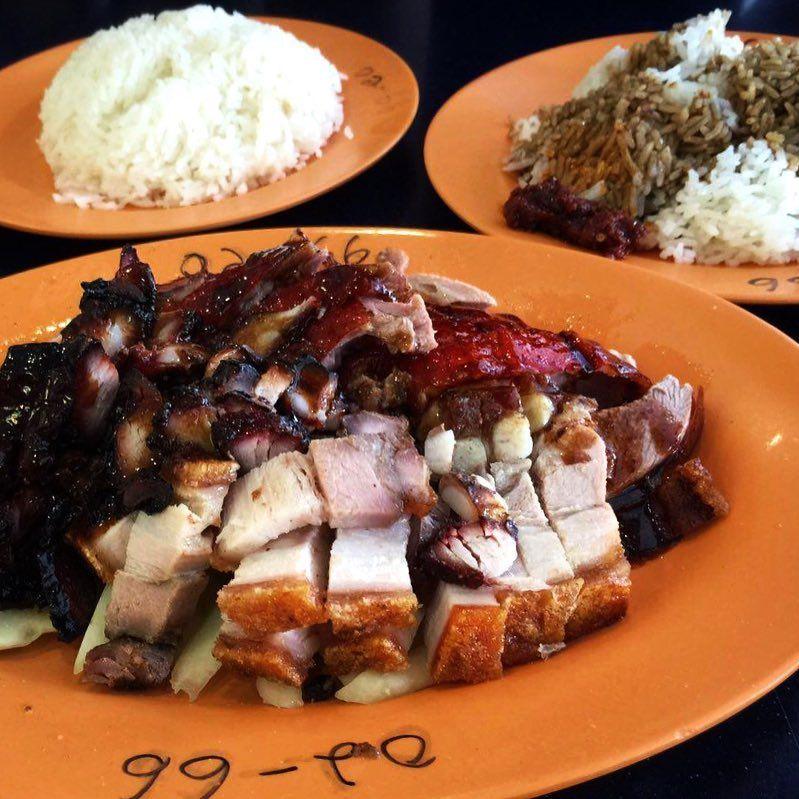Famous Sio Bak - Tien lai rice stall