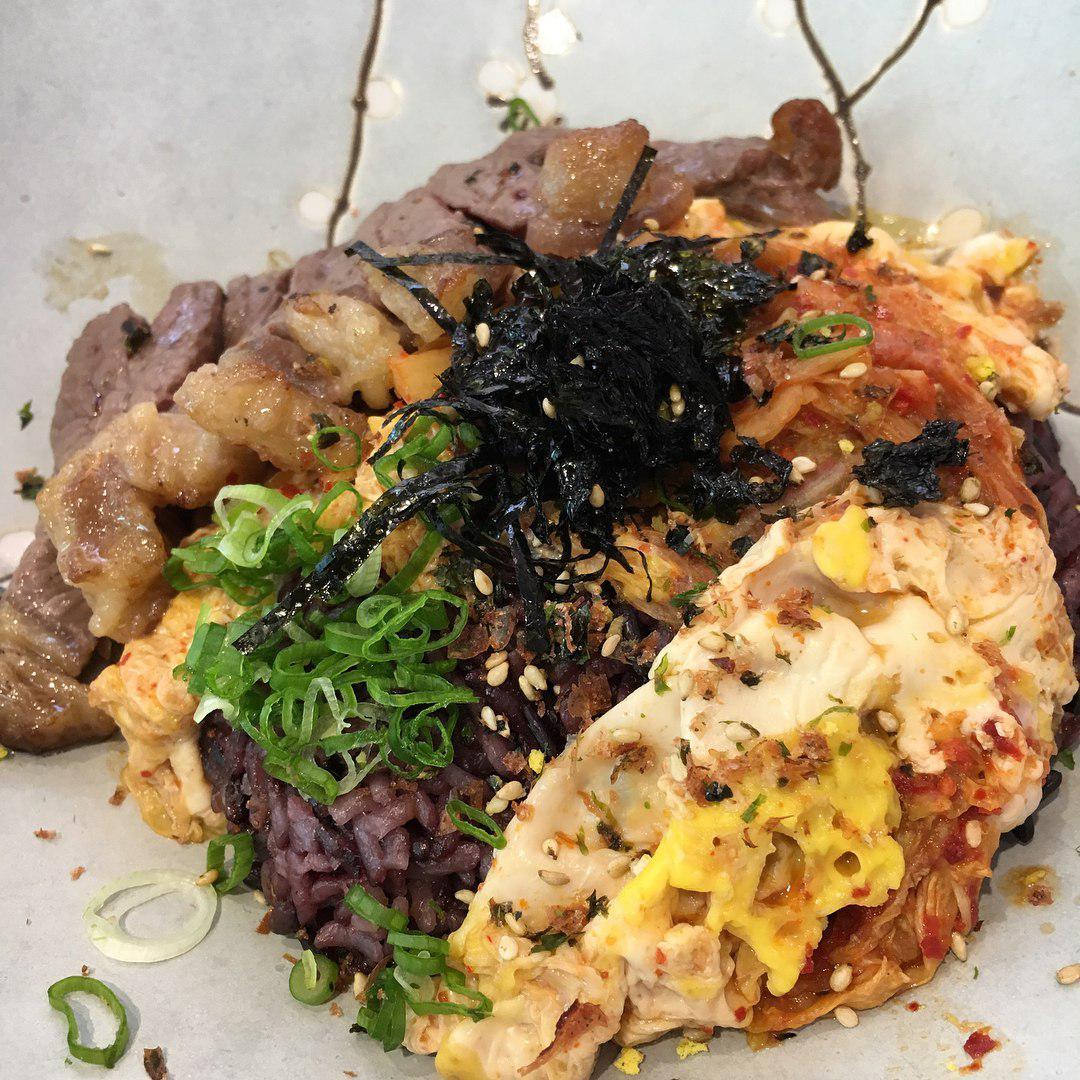 Halal food places - Omoomodon