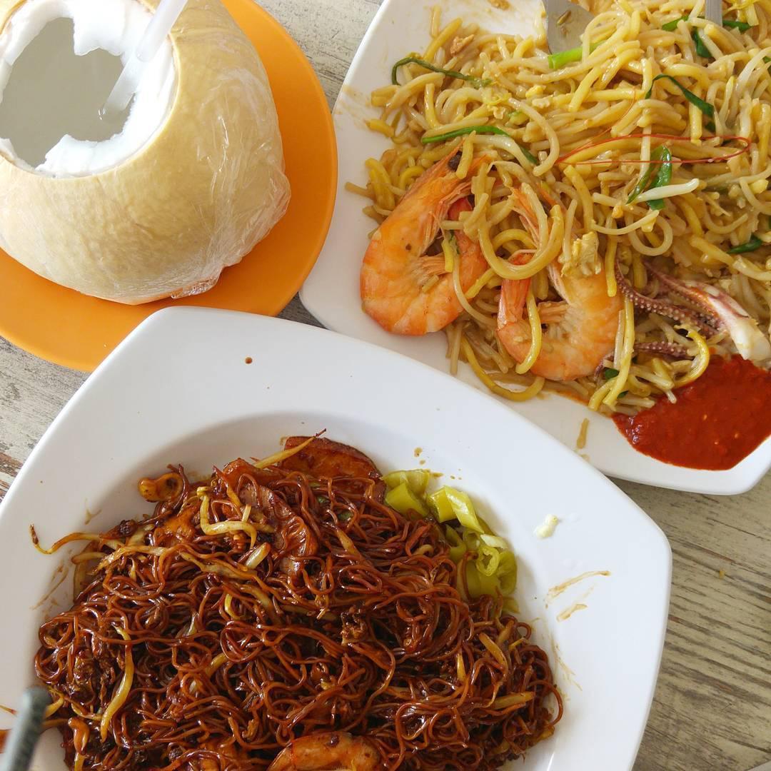 Halal food places - Warong Kim's Seafood mee goreng hokkien mee