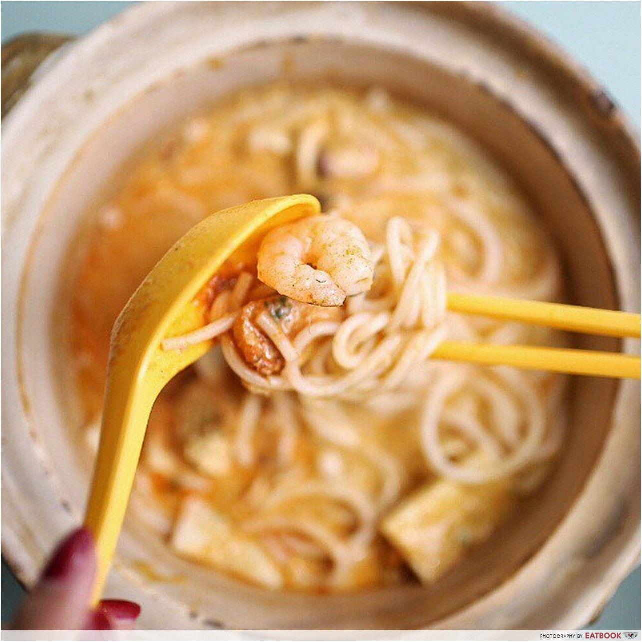 Michelin Hawker Dishes - Zhen Shan Mei Claypot Laksa