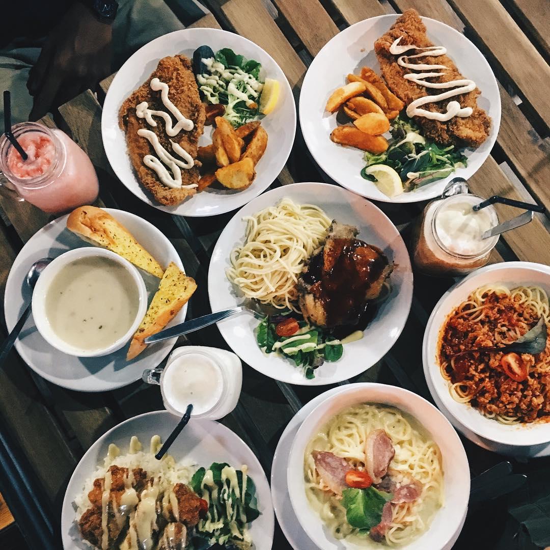Pasir Ris cheap food haunts - The Tree Cafe