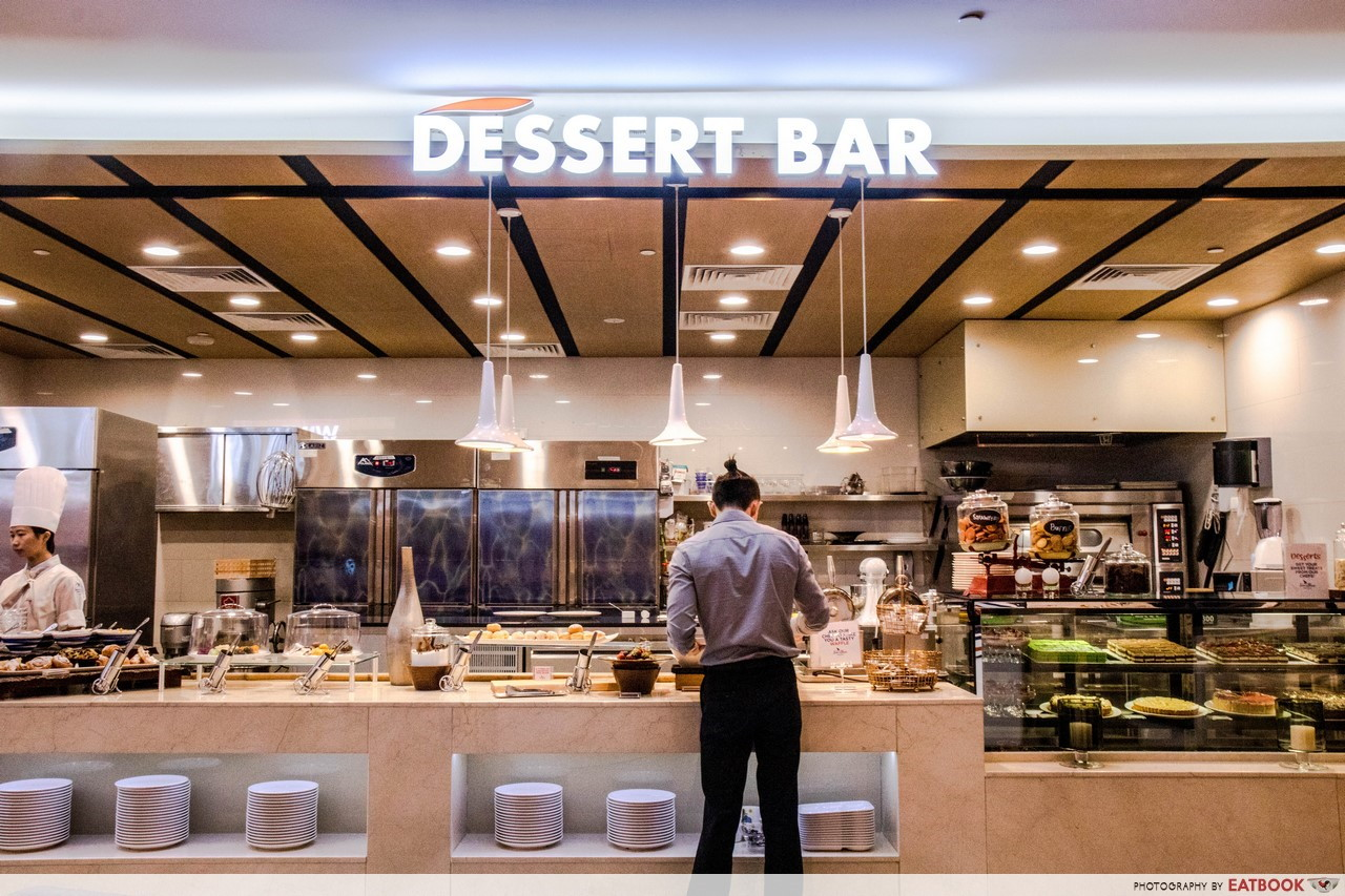 Sea and blue - dessert bar