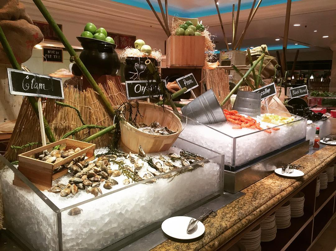 weekday hotel lunch buffets - Orchard Cafe