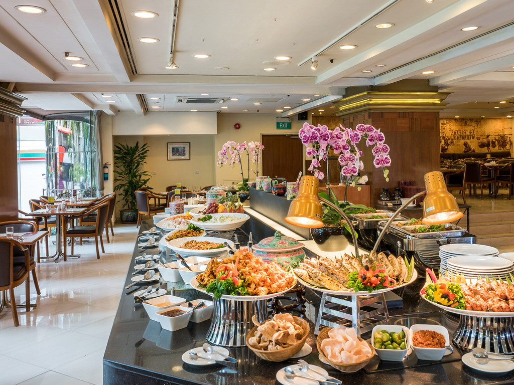 weekday hotel lunch buffets - Sun's Cafe