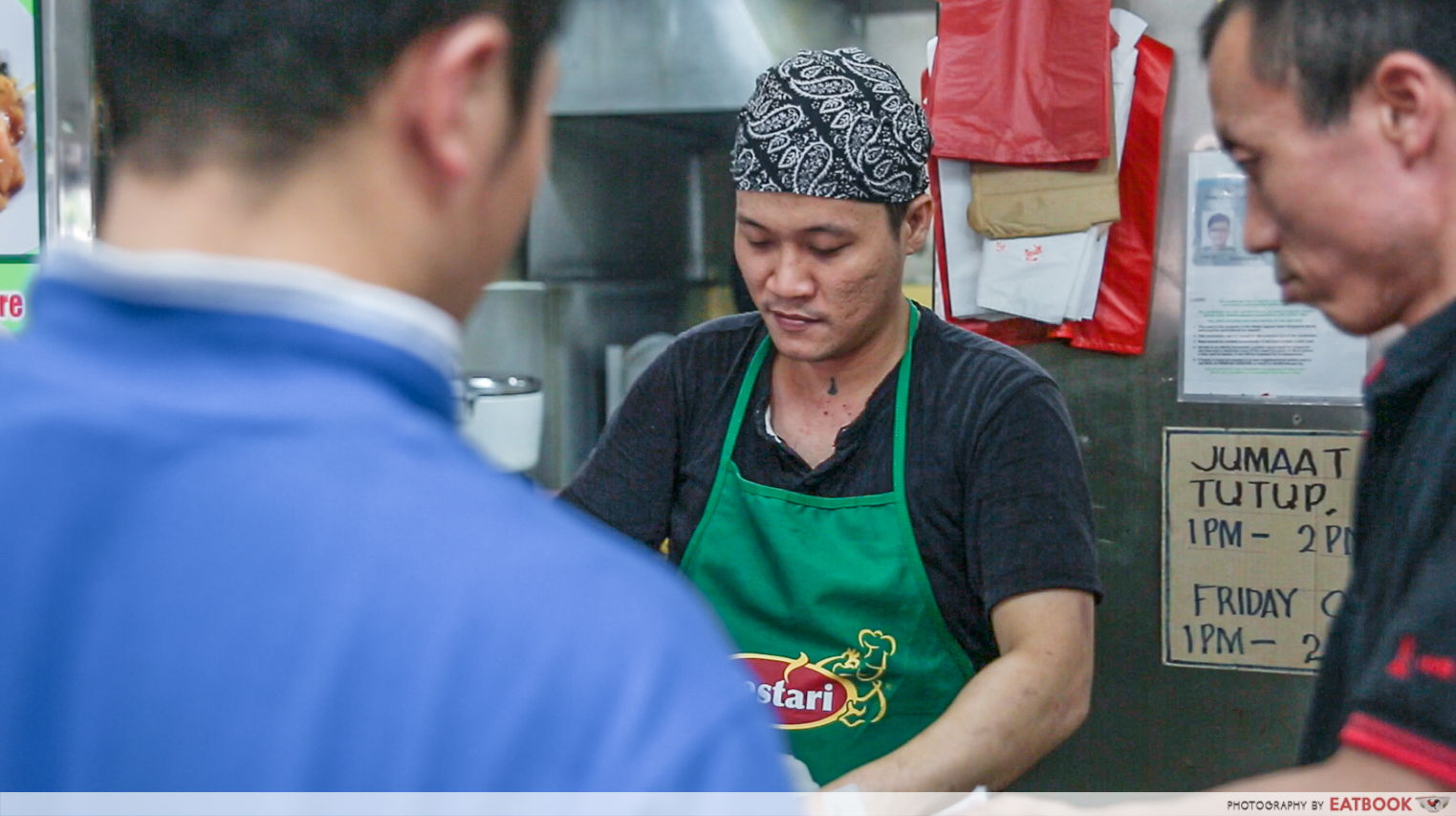Ridhuan's Muslim Delights - Customers