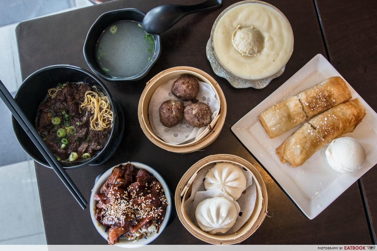 Hong Kong Dessert - Flatlay