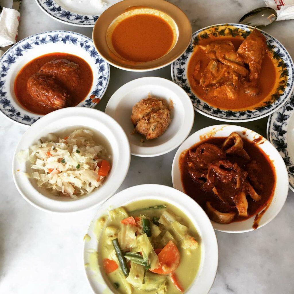 Old School Nasi Padang Stalls Rendezvous Restaurant
