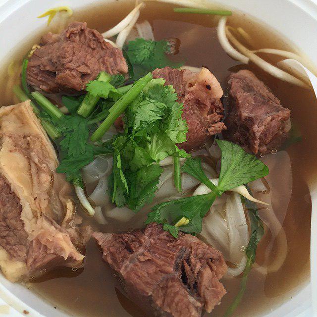 Seah Im Food Centre - Thaksin Beef Noodle