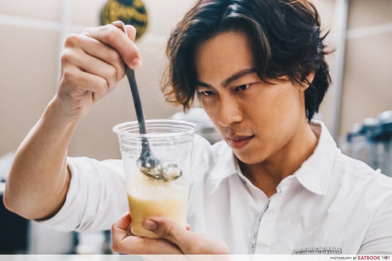 Bobii Frutii - Nat Ho Making Bubble Tea