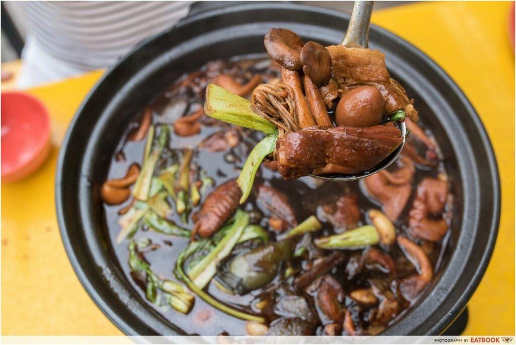 Claypot dishes - Chicken steamboat