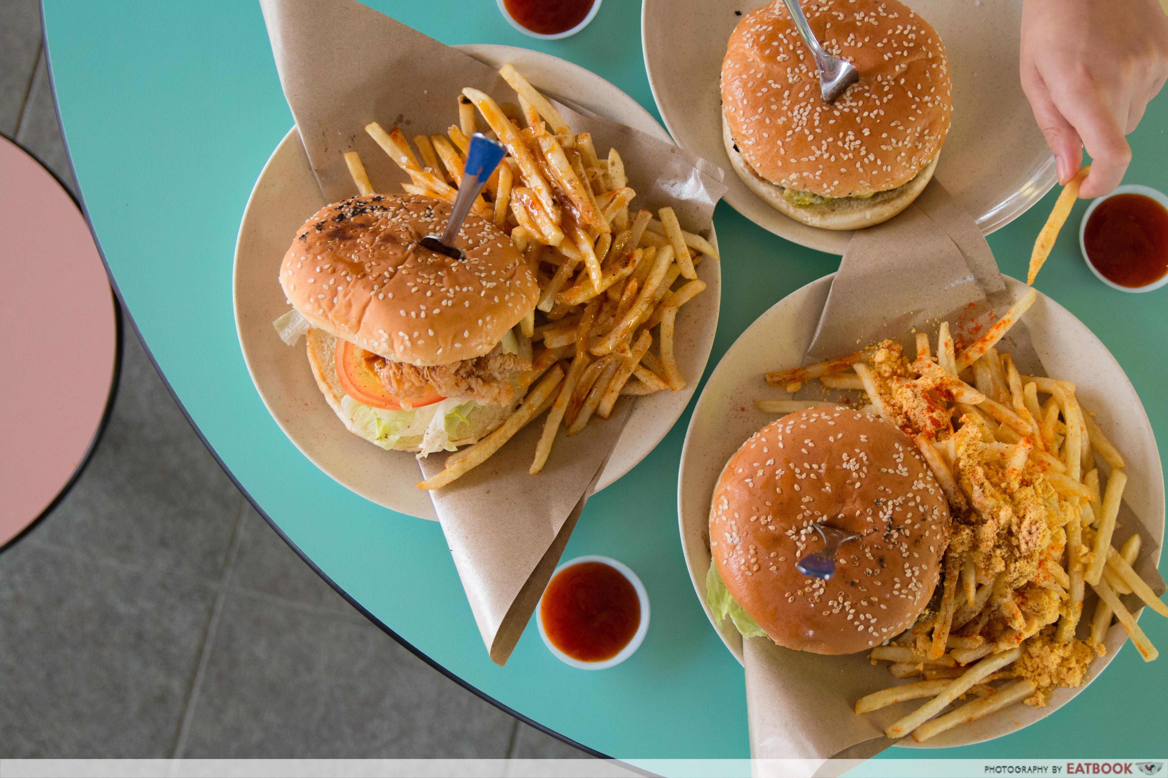 I Love Burger Lah! - Flatlay