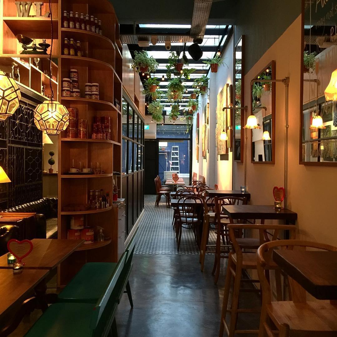 Romantic Cafes - Wimbly Lu