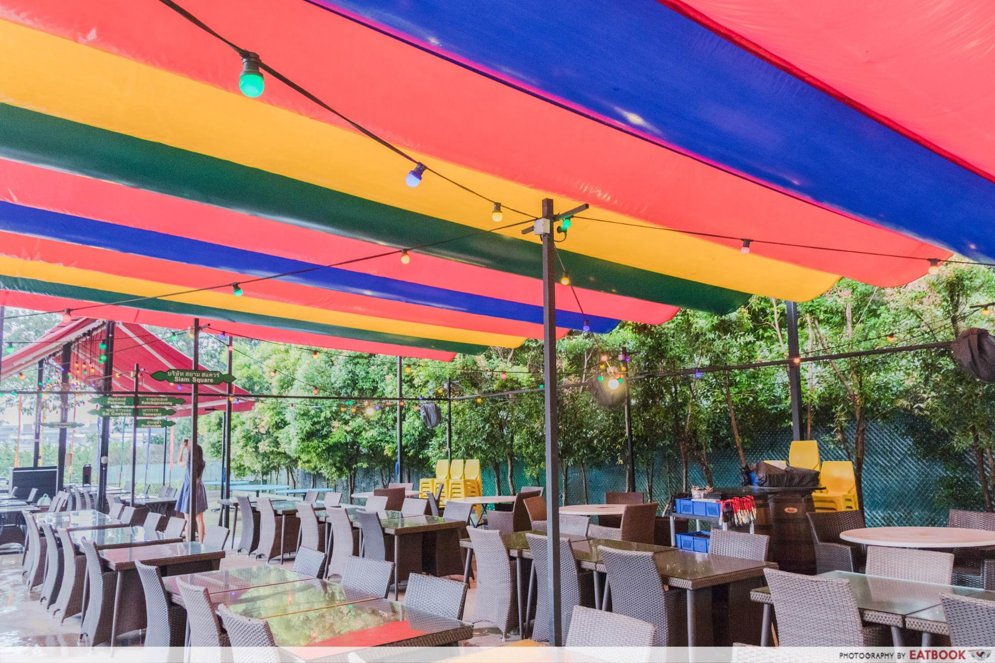 555 Villa Thai - ambience