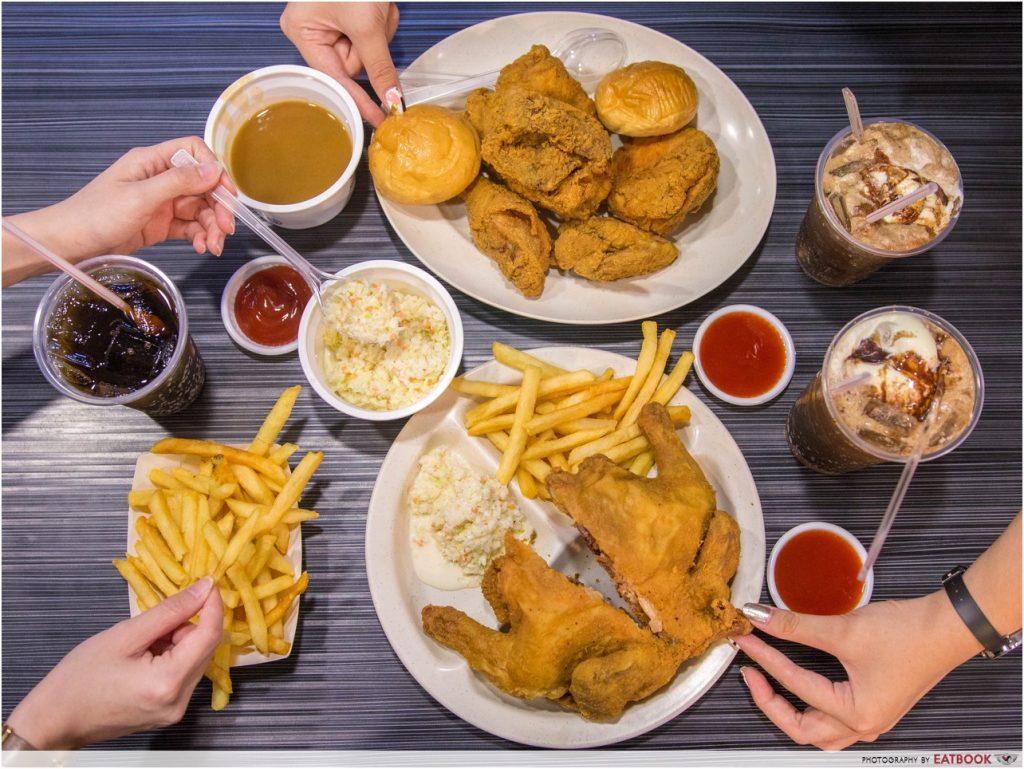 Arnold's Fried Chicken - Flatlay