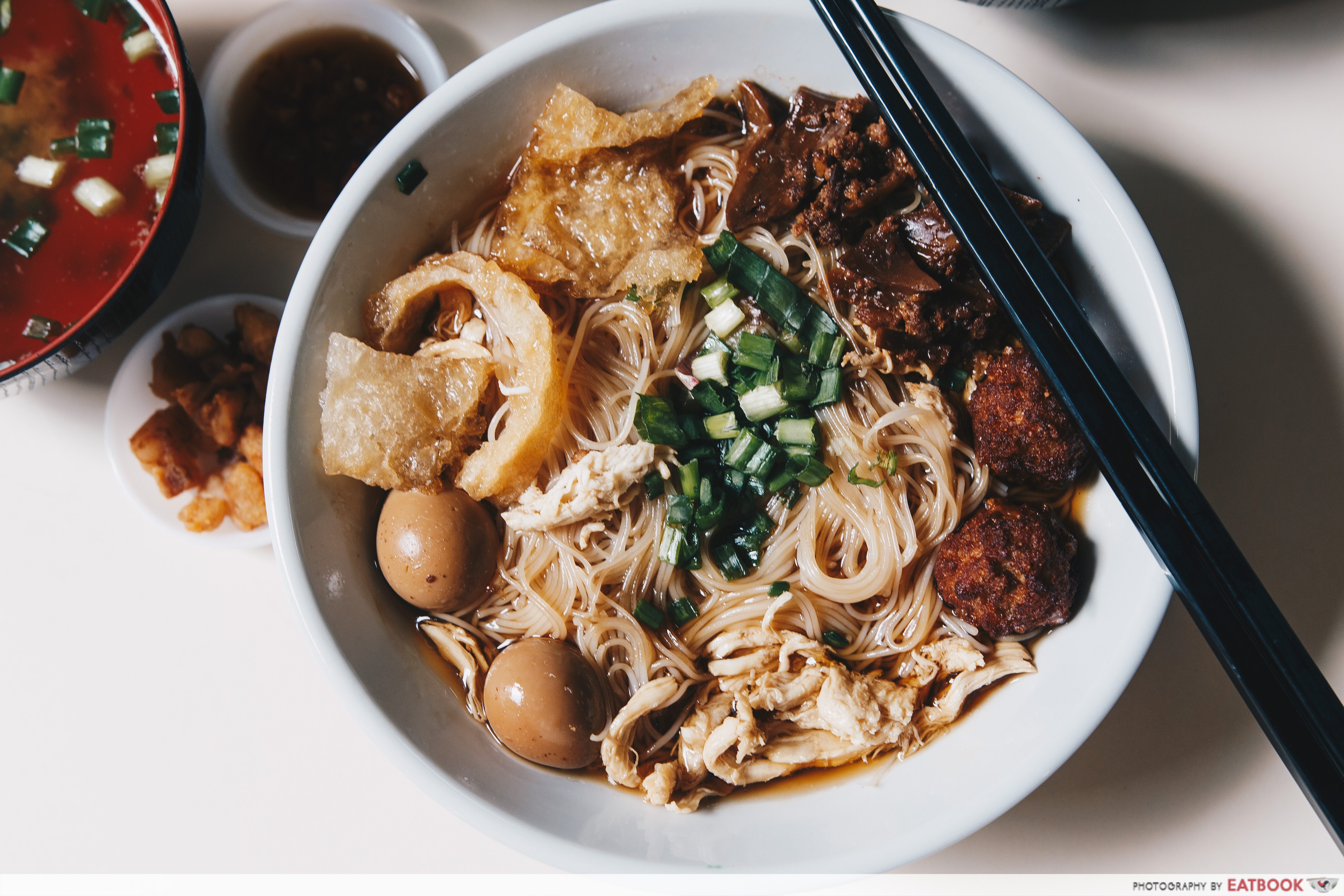 Aw's Signature Minced Pork Noodles - Fish Maw Bee Hoon