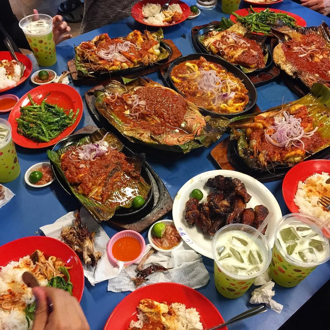 Boon Lay Place Food Village - Lian Yi BBQ Seafood