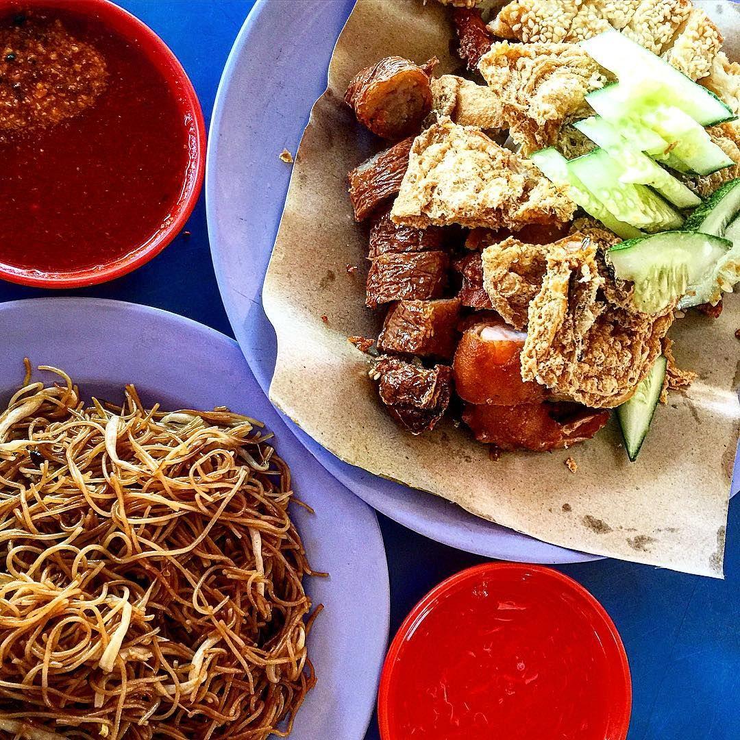 Boon Lay Place Food Village - Xing Sheng Ngor Hiang Prawn Crackers