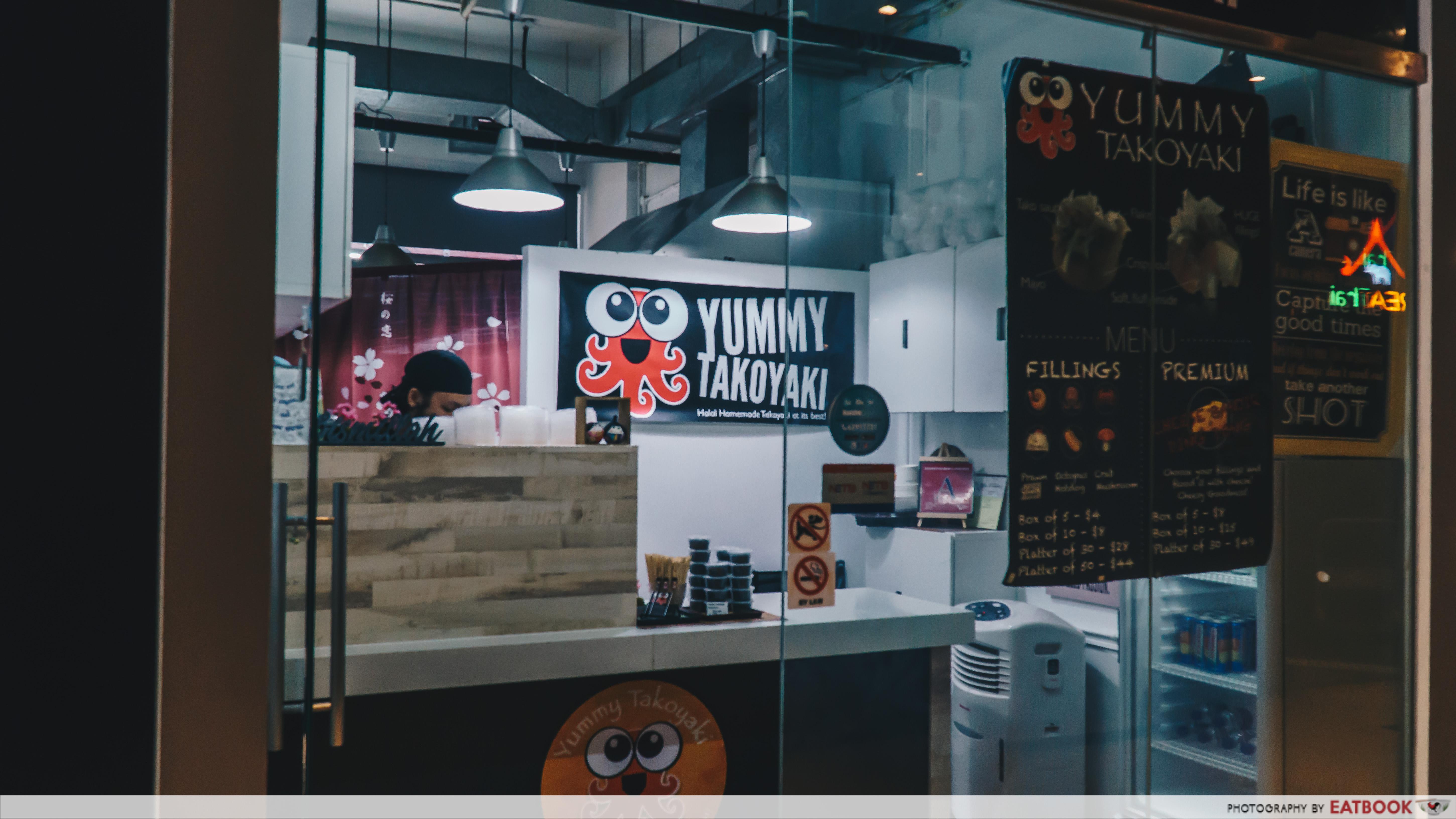 Yummy Takoyaki - Ambience