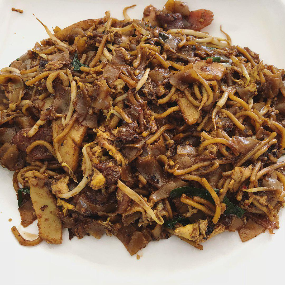 Zion Riverside Food Centre - No. 18 Zion Road Fried Kway Teow