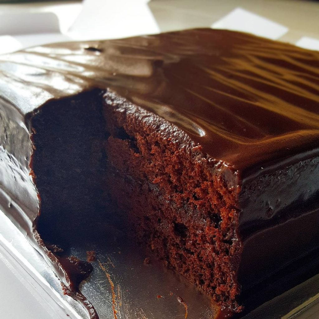 chocolate cakes - lana cake shop @themochareview