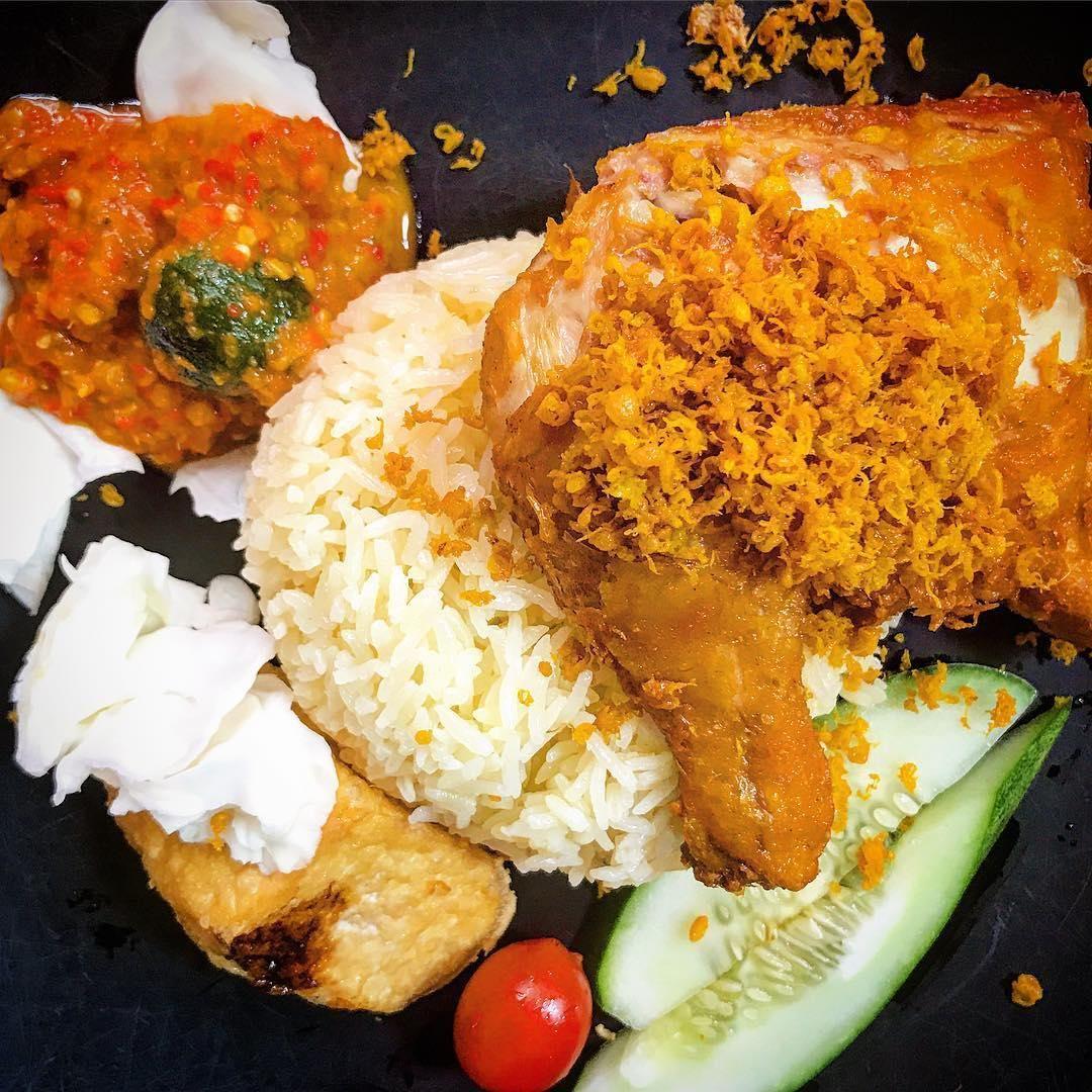 Adam Road Food Centre - Adam's Chicken Rice